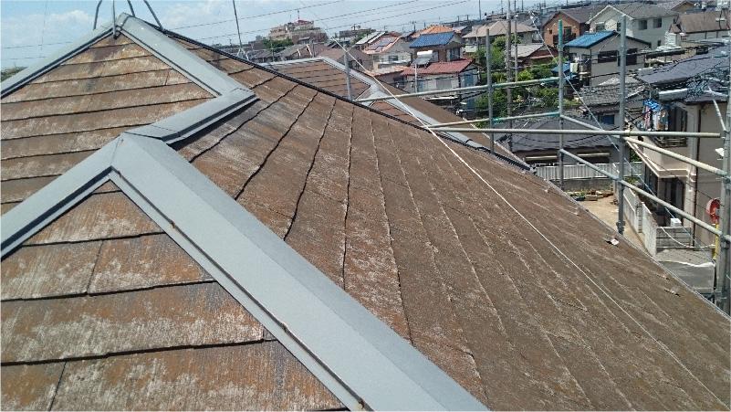 施工前のスレート屋根の状態