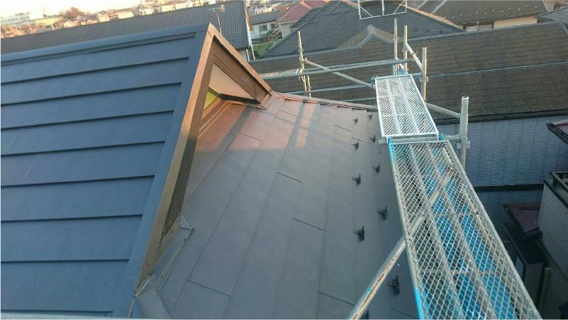 屋根のカバー工法の完了