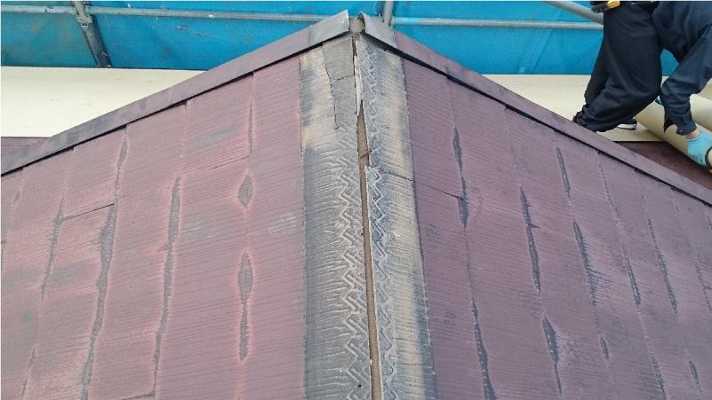 屋根の棟板金の撤去