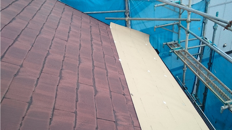 屋根の防水シートの設置