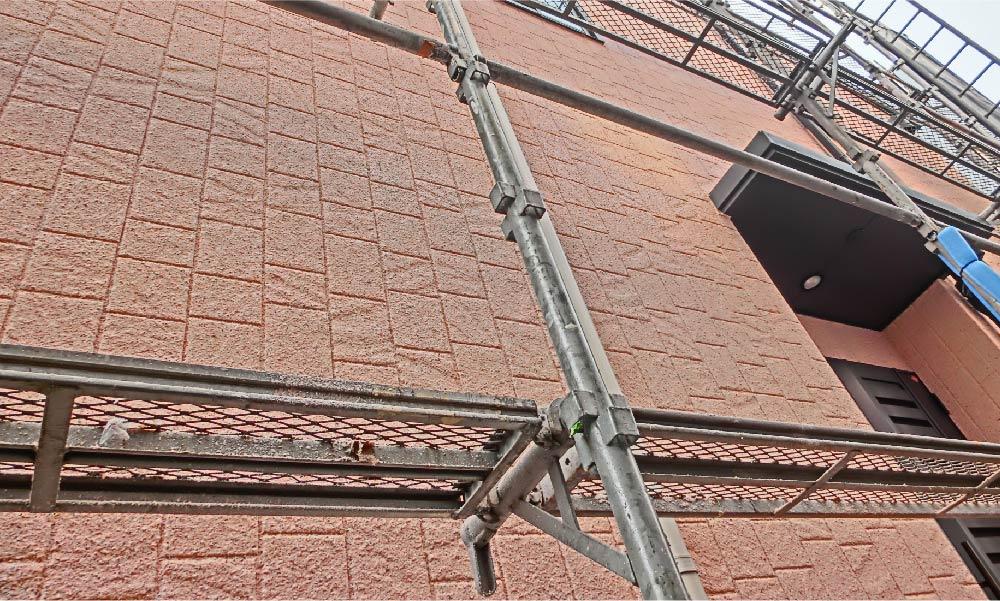 外壁の雨漏り修理