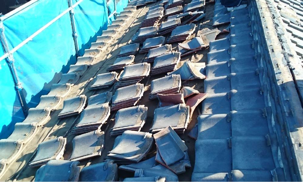 瓦屋根の葺き替え工事い