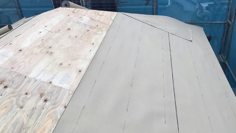 防水シート(ルーフィング)の設置