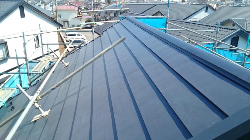 屋根リフォームカバー工法の施工後の様子