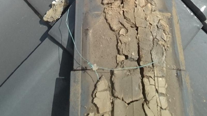 漆喰の冠瓦の撤去