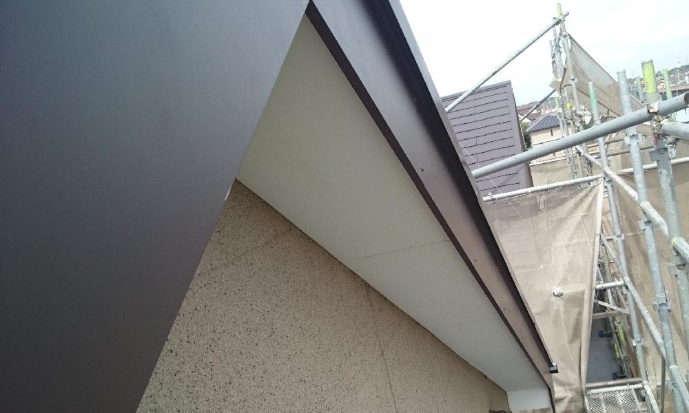 柏市の破風板の修理・板金工事