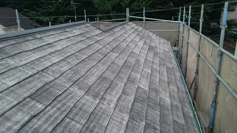 高圧洗浄後の屋根塗装の状態