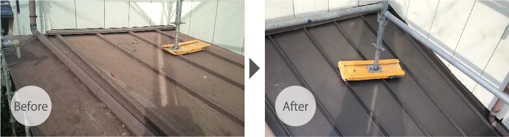 瓦棒(トタン)からガルバリウム鋼板に葺き替えた下屋根の施工前と施工後の状態