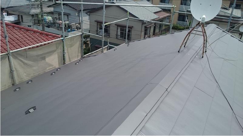 大屋根の葺き替え工事完了後の様子