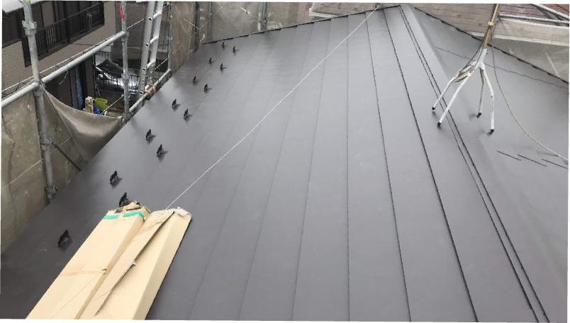 大屋根の葺き替え工事後の様子