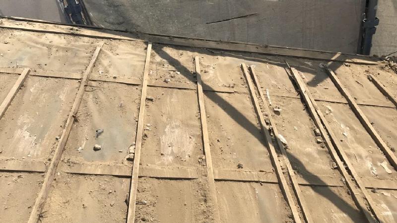 瓦下ろし後の屋根の様子