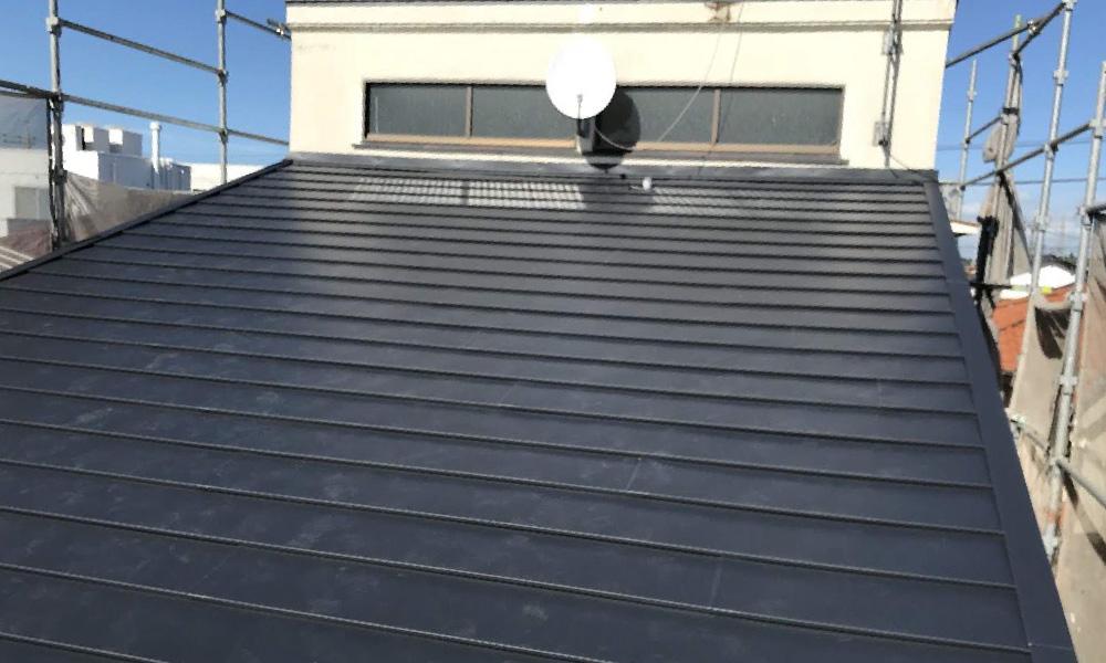 江戸川区の屋根カバー工法リフォーム