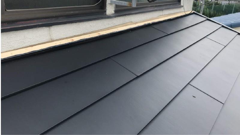 屋根と外壁の取り合い部分