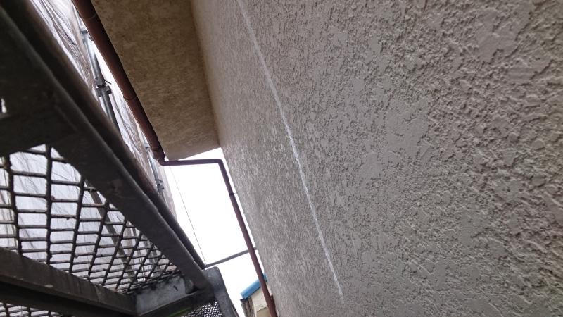 モルタル外壁のひび割れ補修