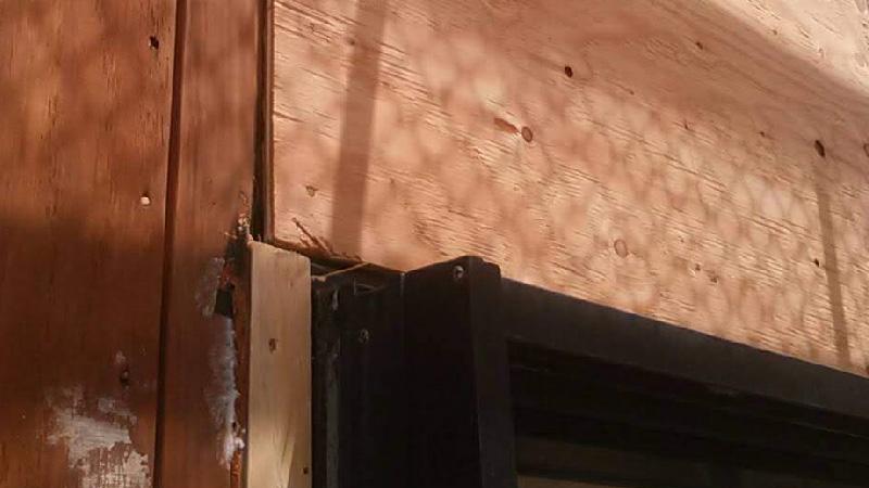 外壁内部の補修