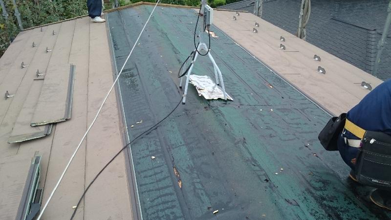 スレート屋根のコロニアルの撤去