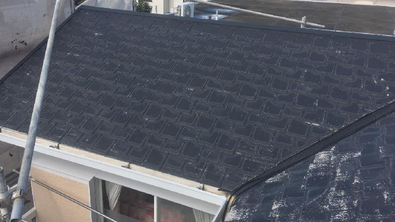 大屋根の高圧洗浄後の様子