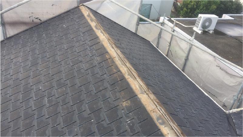 大屋根の棟板金の撤去後の様子