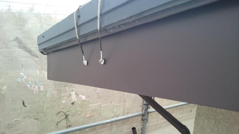 塗装後の破風板の様子