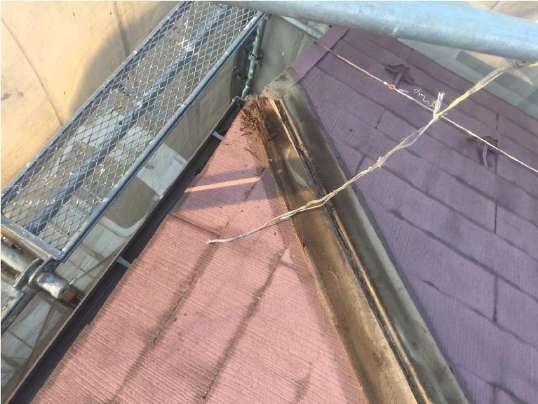 棟板金の撤去後の棟板