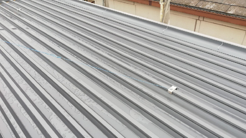 折半屋根葺き替え後の状態