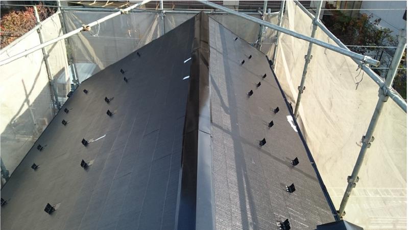 スレート屋根のひび割れ(クラック)の補修