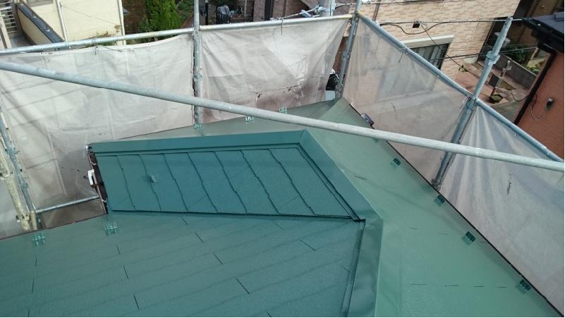 越谷市の屋根塗装工事の施工後の状態