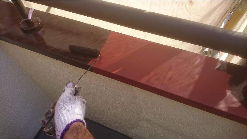 ベランダ防水工事の笠木の塗装