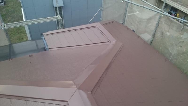 四街道市の屋根塗装工事の施工後の様子