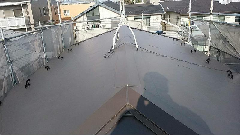 松戸市の屋根カバーこうオフ施工後の様子