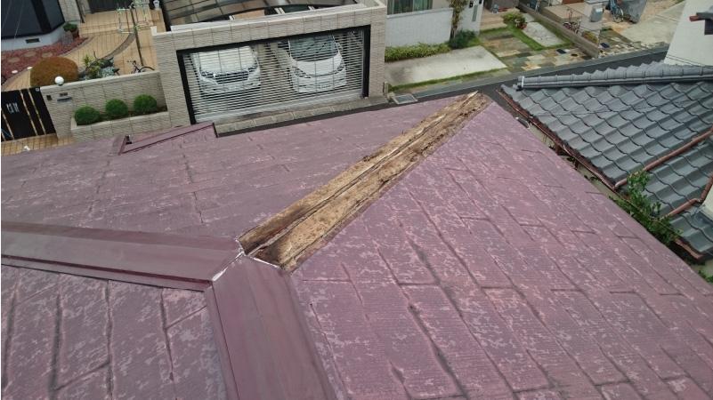 松戸市の屋根カバー工法の施工前の状態