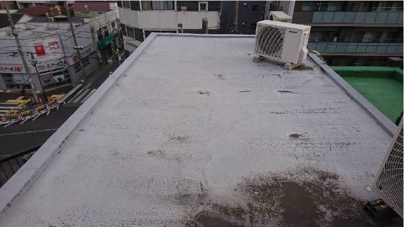 江戸川区の屋上防水工事に施工前の状態