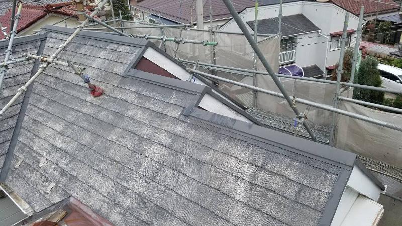 屋根の高圧洗浄後の様子