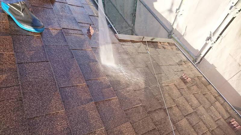 アスファルトシングル屋根のの高圧洗浄