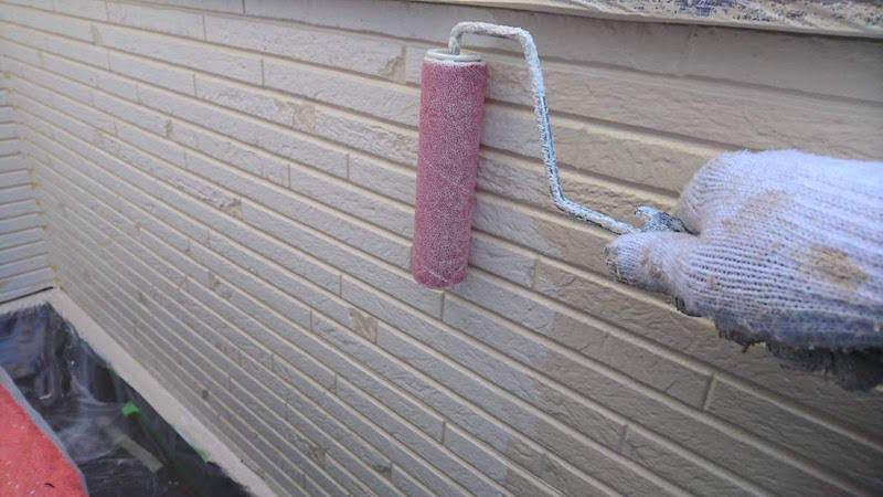 外壁塗装の上塗り後のパターン付け