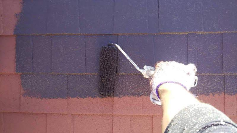 アスファルトシングル屋根の下塗り