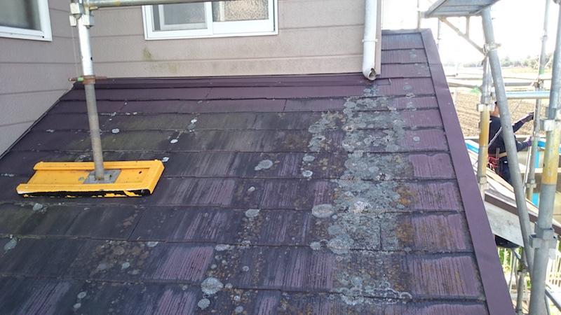 屋根塗装工事前の様子