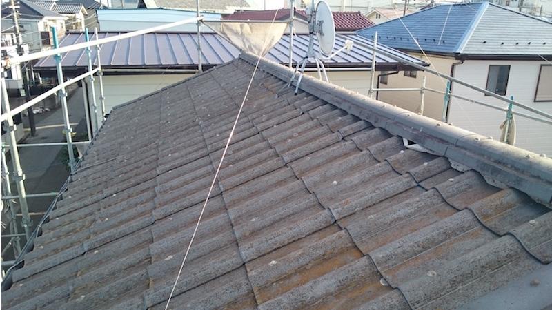 墨田区の屋根塗装工事の施工前の様子