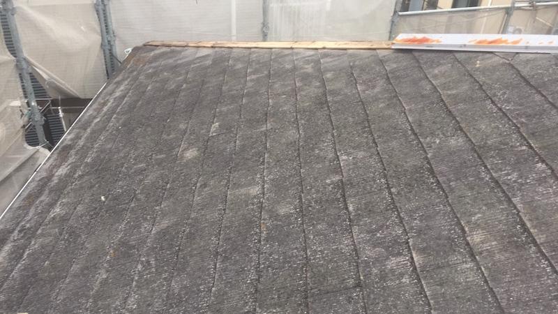 足立区の屋根板金交換の施工前の様子