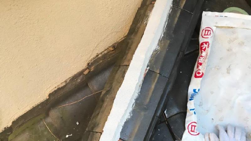 屋根の棟板金の積み直し