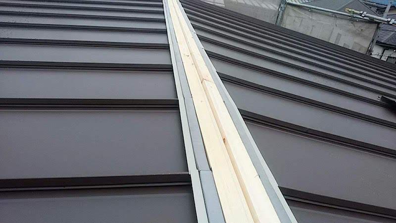 ガルバリウム鋼板本体の設置