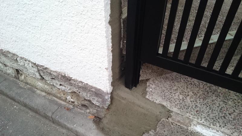 門扉の取り付け