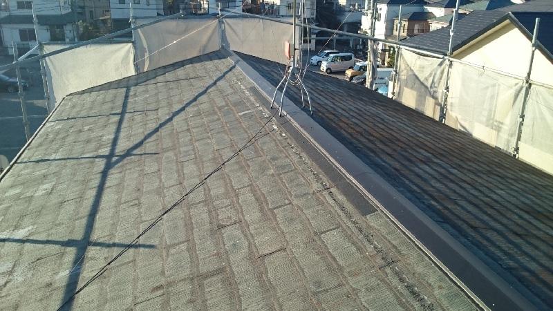 屋根塗装の施工前の様子