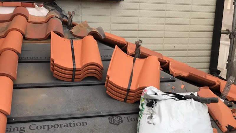 屋根の葺き直し工事のルーフィングの施工
