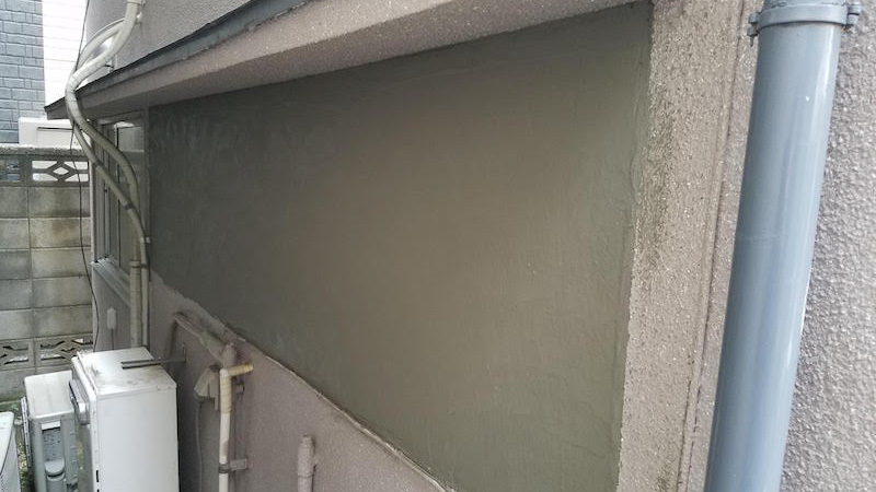 外壁のモルタルの設置