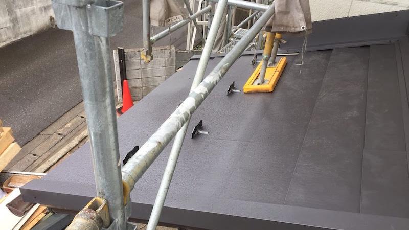 柏市の瓦屋根の葺き替え工事の施工後の様子