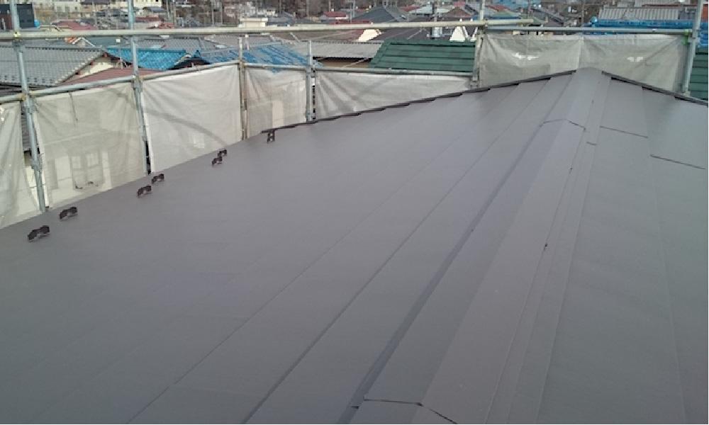 四街道市の屋根カバー工法・下屋根の葺き替え工事