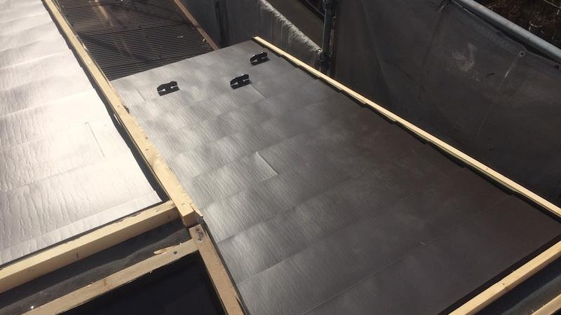 屋根材本体(ガルバリウム鋼板)の施工