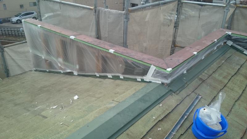 パラペットの外壁材の解体