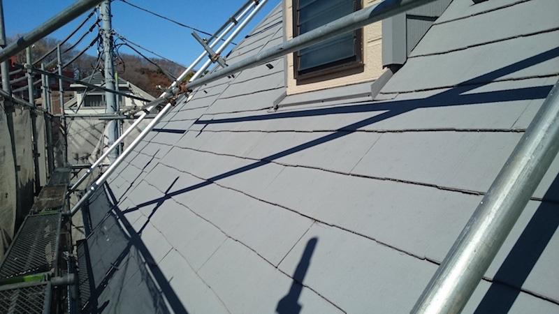 施工前のスレート屋根の屋根材の状態
